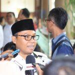 ketua-dpw-pks-banten-h-miptahuddin-mt-saat-melayani-awak-media-lokal-dan-nasional