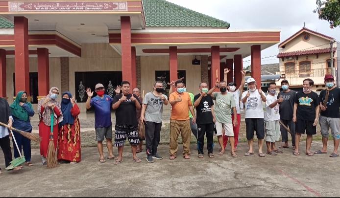 Aleg PKS Ikut Kerja Bakti, Usung Semangat Gotong Royong