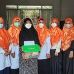 BPKK DPW PKS Provinsi Banten Salurkan Bantuan ke Warga Terdampak Covid-19 (1)
