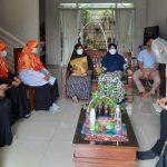 BPKK DPW PKS Provinsi Banten Salurkan Bantuan ke Warga Terdampak Covid-19 (2)