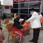 Peringati HUT RI Ke-76, DPW PKS Banten Bagikan 100.000 Paket Sembako (13)
